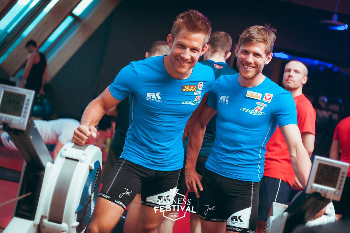 Profi-Ruderer Bernhard Sieber und Paul Sieber beim Fitness Festival Vienna im Holmes Place Millennium