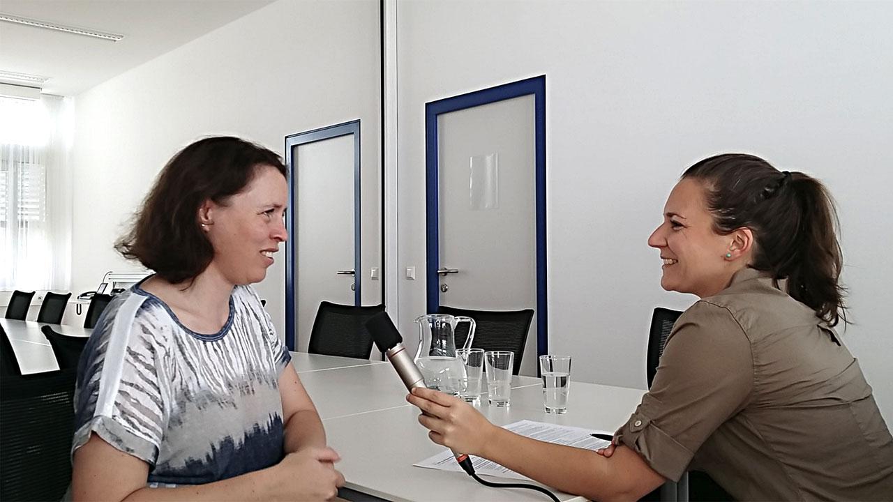 Assoz.-Prof. Dipl.-Ing. Dr. Barbara Wessner vom Zentrum für Sportwissenschaft Wien Schmelz im Interview mit Sportjournalistin Bernadette Hörner