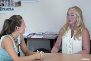 Prof. Dr. Kautzky-Willer im Interview mit Journalistin Bernadette Hörner im AKH Wien