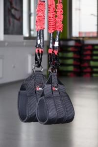 4D Pro Bungee-Fitness-Slingtrainer in Nahaufnahme. Ort: Bodystyle Deutsch Wagram Wien.