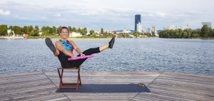 Der Grätschwinkelsprung mit Benamic aktiviert im fast alle Muskeln des Körpers. Ein hoher Puls ist garantiert.