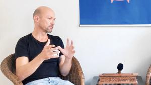 Shiatsu-Experte Mike Mandl beim Interview mit sportblog.cc